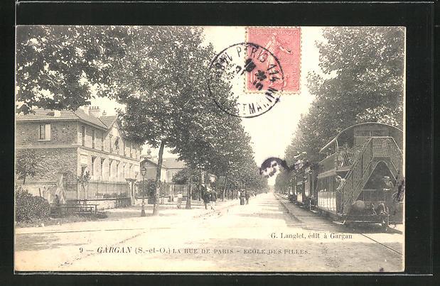 AK Gargan, La Rue de Paris, Ecole des Filles 0