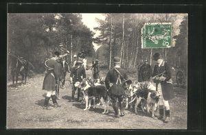 AK Foret de Rambouillet, A la Croix Paler, avant le depart, Jäger mit Meute
