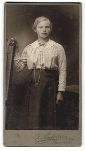 Fotografie F. Seefelder, Passau, Portrait bürgerliches Fräulein