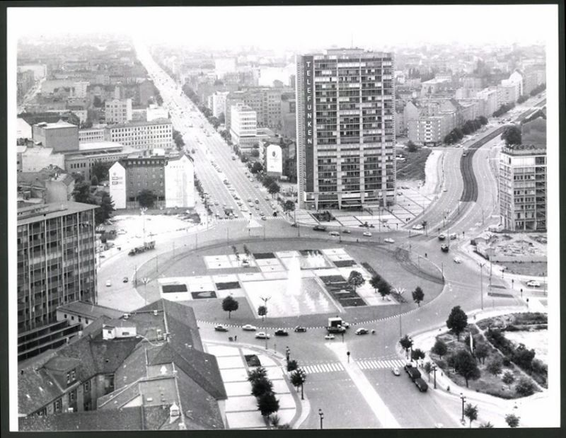 Fotografie Fotograf unbekannt, Ansicht Berlin, Telefunken-Hochhaus am Ernst-Reuter-Platz
