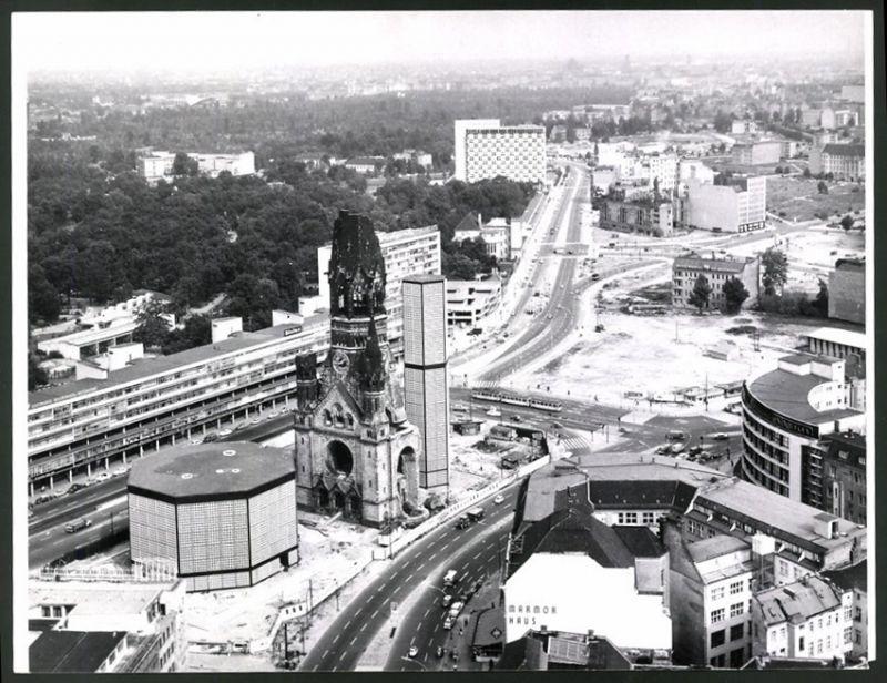 Fotografie Fotograf unbekannt, Ansicht Berlin, Breitscheidplatz mit Gedächtniskirche, Bikinihaus & Budapester Strasse