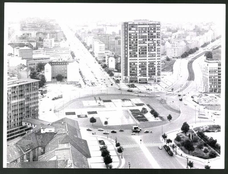 Fotografie Fotograf unbekannt, Ansicht Berlin, Blick über den Ernst-Reuter-Platz