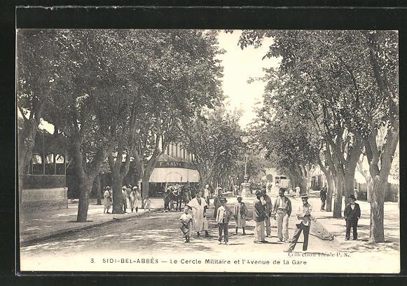 AK Sidi-Bel-Abbès, Le Cercle Militaire et l'avenue de la Gare