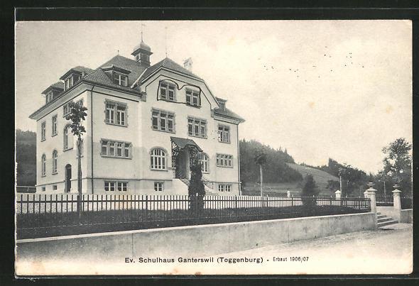 AK Ganterswil / Toggenburg, Partie am ev. Schulhaus