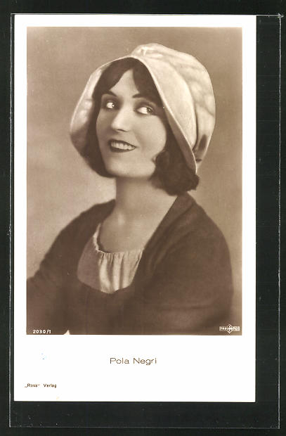 AK Schauspielerin Pola Negri im Kostüm einer Filmrolle