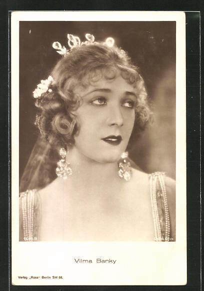 AK Schauspielerin Vilma Banky im Kostüm einer Filmrolle