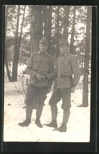 Foto-AK Zwei österreichische Gebirgsjäger im Feld
