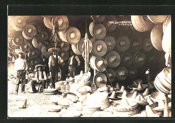 AK Mexiko, Sombrerohändler auf dem Markt