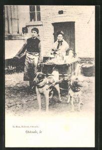 AK Ostende, Frauen beladen Hundegespann mit Milchkannen