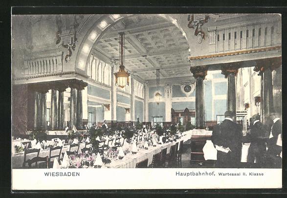 AK Wiesbaden, Hauptbahnhof, Wartesaal II. Klasse, Innenansicht