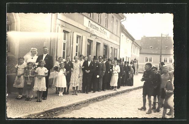 Foto-AK Güsten, Partie am Gasthaus & Fleischerei Otto Freye 1935