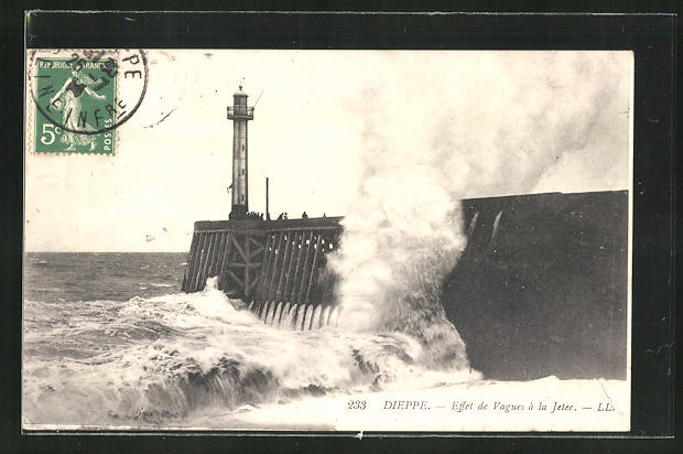 AK Dieppe, Effet de Vagues à la Jetée, Leuchtturm bei Sturm