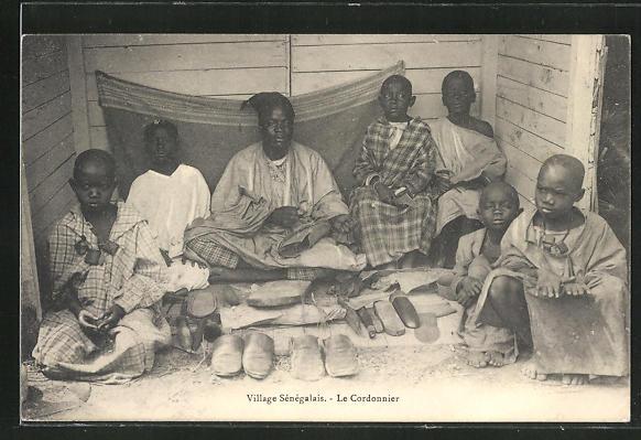 AK Village Senegalais, Le Cordonnier, Schuhmacher