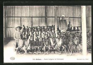 AK Gabon, Ecole indigène de Tchimpèze, Schulklasse