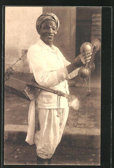 AK Macache-Bono, Afrikaner mit Instrumenten