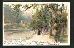 Künstler-AK Edward Theodore Compton: Innsbruck, Inn-Ufer mit Pärchen bei einem Spaziergang