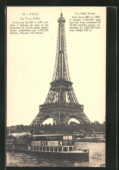 AK Paris, La Tour Eiffel, Eiffelturm von der Seine betrachtet, Dampfer