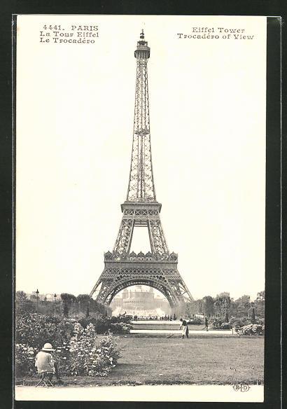 AK Paris, La Tour Eiffel, Blick auf Eiffelturm und Palais du Trocadéro