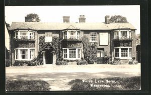 AK Waddesdon, View of the White Lion Hotel
