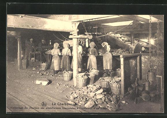 AK Kohlenbergbau, Arbeiterinnen reinigen die Kohle