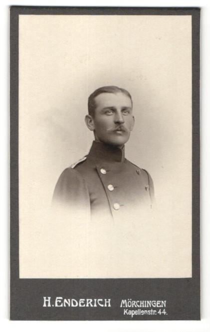 Fotografie H. Enderich, Mörchingen, Portrait Leutnant in Uniform