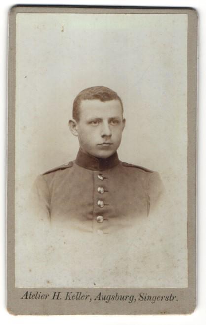 Fotografie H. Keller, Augsburg, Portrait junger Soldat in Uniform