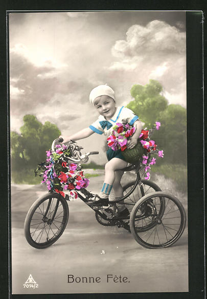 AK Kleine Gratulantin auf dem Dreirad