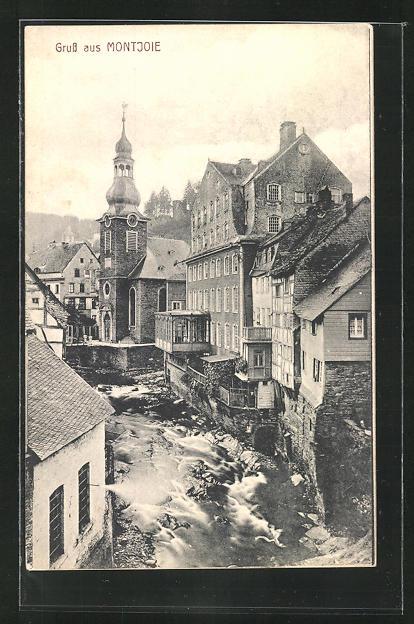 AK Montjoie, Ortsansicht mit rotem Haus, evangel. Kirche, Laufenbach, Häuserfassaden