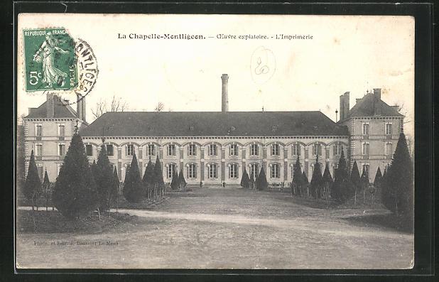 AK La Chapelle-Montligeon, Oevre expiatoire, L'Imprimerie