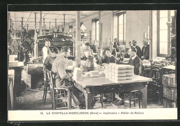 AK La Chapelle-Montligeon, Imprimerie, Atelier de Reliure