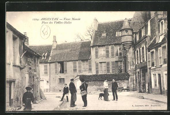 AK Argentan, Vieux Manoir, Place des Vieilles-Halles