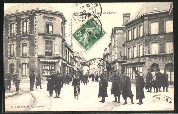 AK Argentan, Rue de l'Orne, Strassenpartie