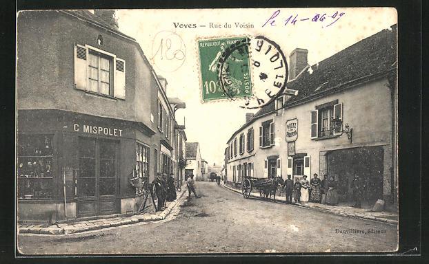 AK Voves, Rue du Voisin, Strassenpartie