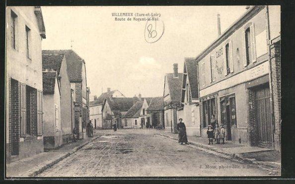 AK Villemeux, Route de Nogent-le-Roi