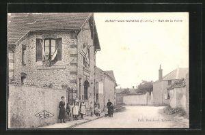 AK Aunay-sous-Auneau, Rue de la Poste, Strassenpartie