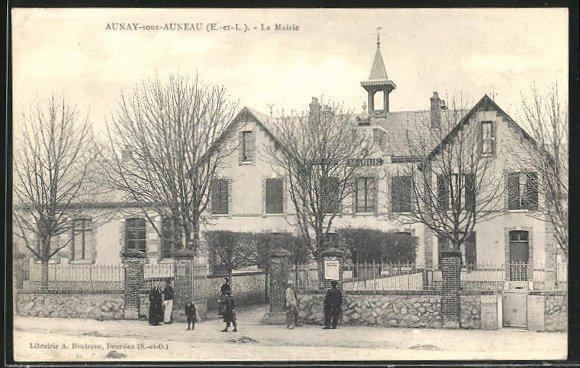 AK Aunay-sous-Auneau, La Mairie