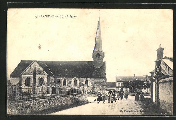 AK Laons, L'Eglise, Einwohner bei der Kirche