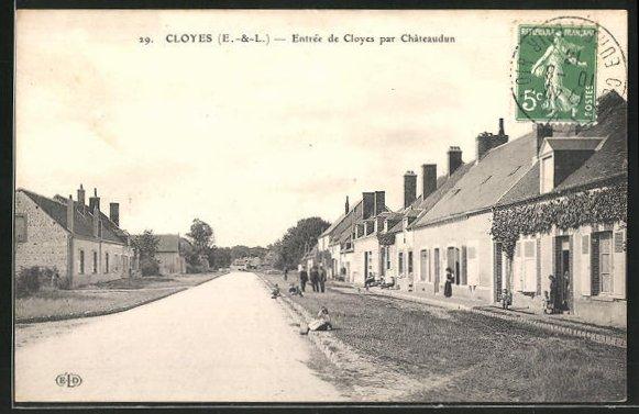 AK Cloyes, Entrée de Cloyes par Chateaudun