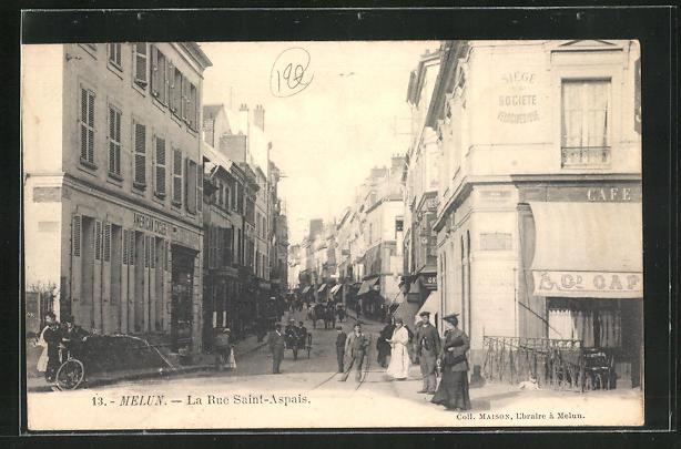 AK Melun, La Rue Saint-Aspais, Blick in die Strasse