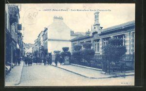 AK Lagny, Ecole Maternelle et Rue du Chemin-de-Fer