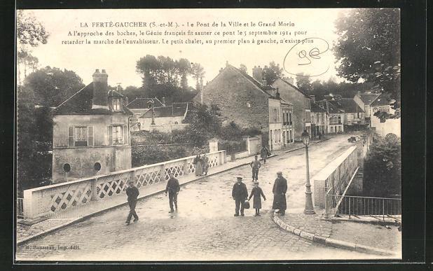 AK La Ferte-Gaucher, Le Pont de la Ville et le Grand Morin