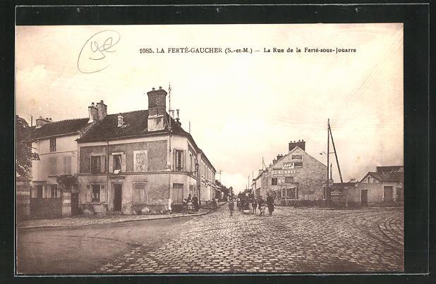 AK La Ferte-Gaucher, La Rue de la Ferte-sous-Jouarre