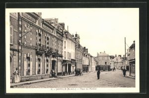 AK Janville, Place du Martroi