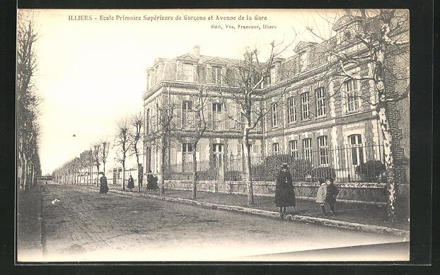 AK Illiers, Ecole Primaire Superieure de Garcons et Avenue de la Gare
