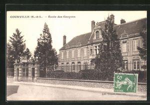 AK Courville, Ecole des Garcons, Knabenschule