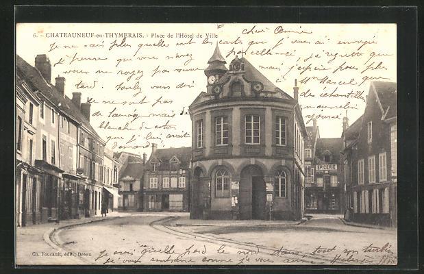 AK Chateauneuf-en-Thymerais, Place de l` Hotel de Ville