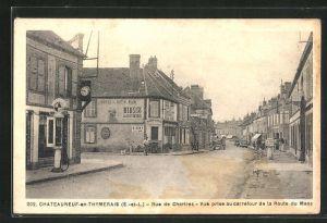 AK Chateauneuf-en-Thymerais, Rue de Chartres . Vue prise au carrefour de la Route du Mans