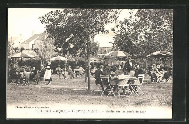 AK Cloyes, Hotel Saint-Jacques - Jardin sur les bords du Loir