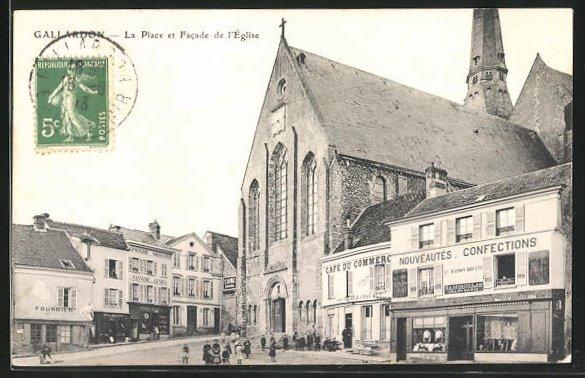 AK Gallardon, La Place et Facade l` Eglise