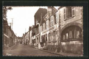 AK Senonches, Rue de Dreux - Hotel des Trois Marchands